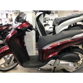 Bán xe Honda SH 150i mẫu Ý - BS 79997
